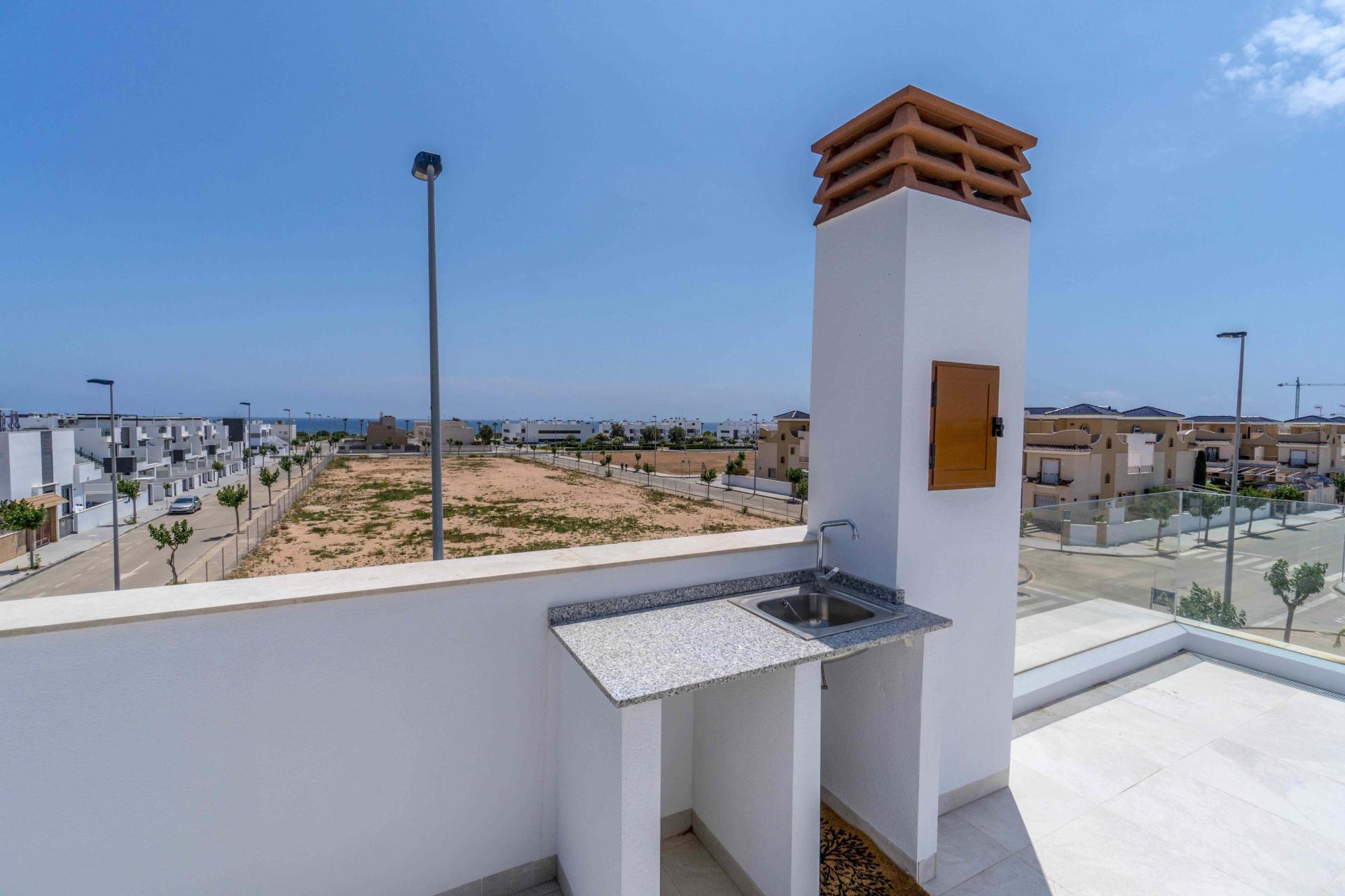 Villa in Torre de la Horadada at only 300m to the beach