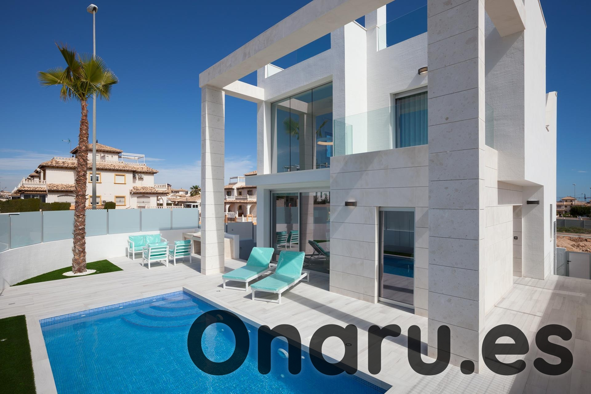 Ref:onaru-5365 Villa For Sale in Cabo Roig
