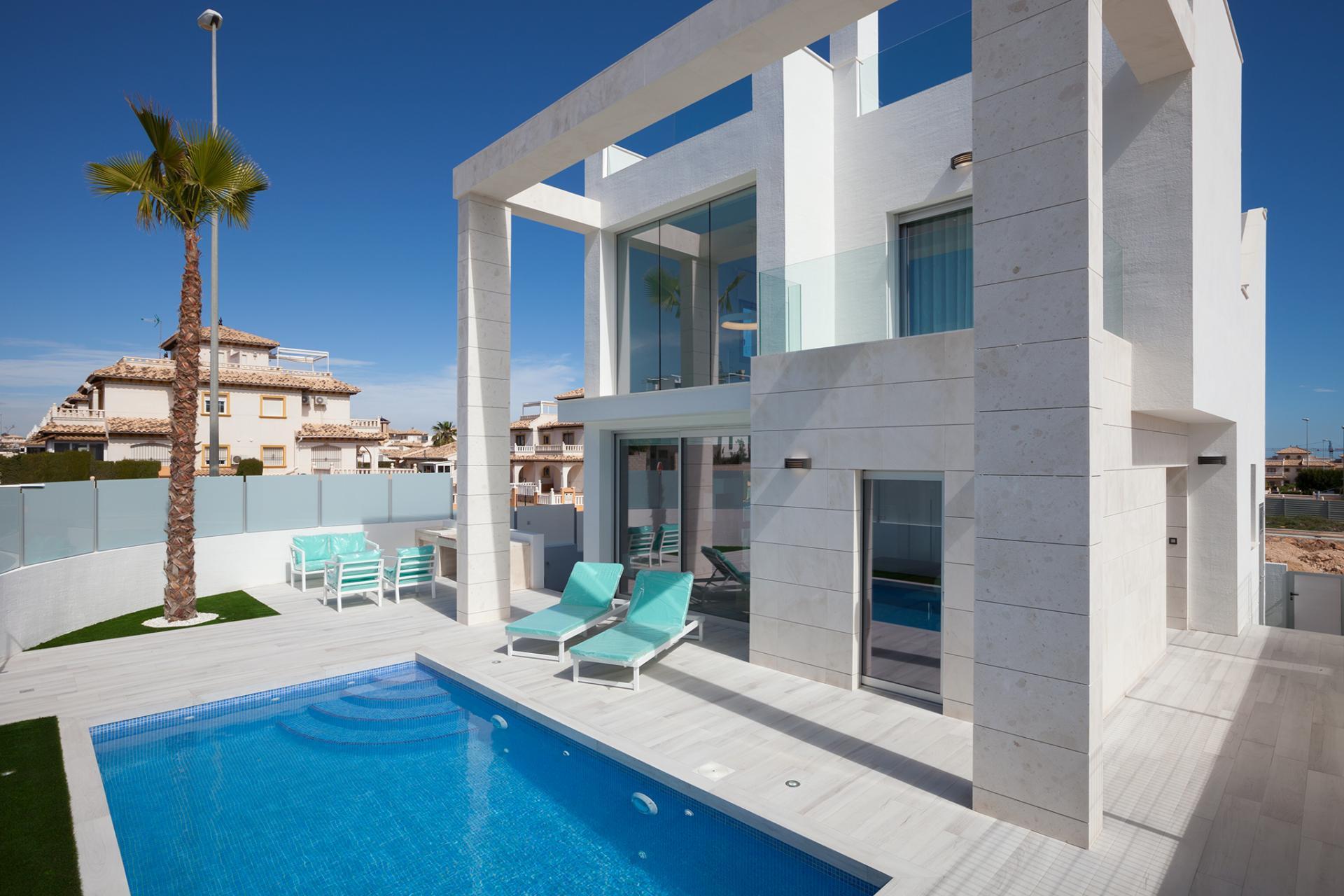 Stunning villa in Cabo Roig