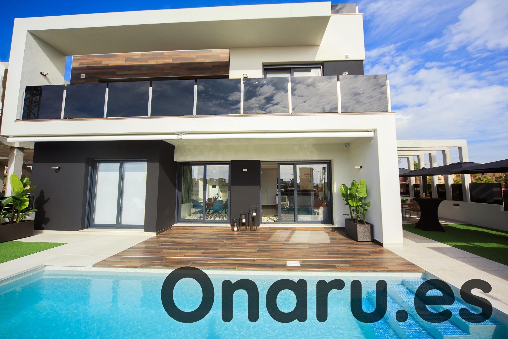 onaru-5396: Villa in Cabo Roig