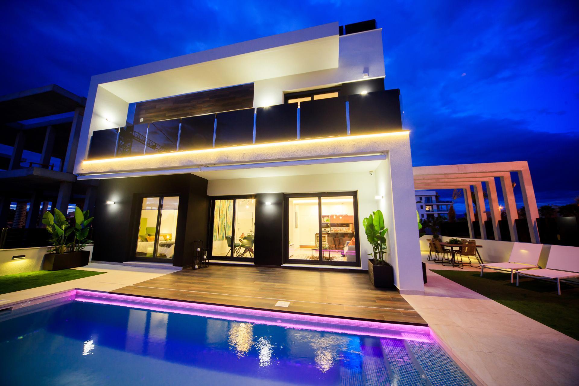 Stunning Villa in Las Lomas de Cabo Roig