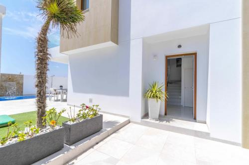 011 Villa Beach.jpg