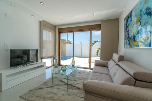 025 Villa Beach.jpg