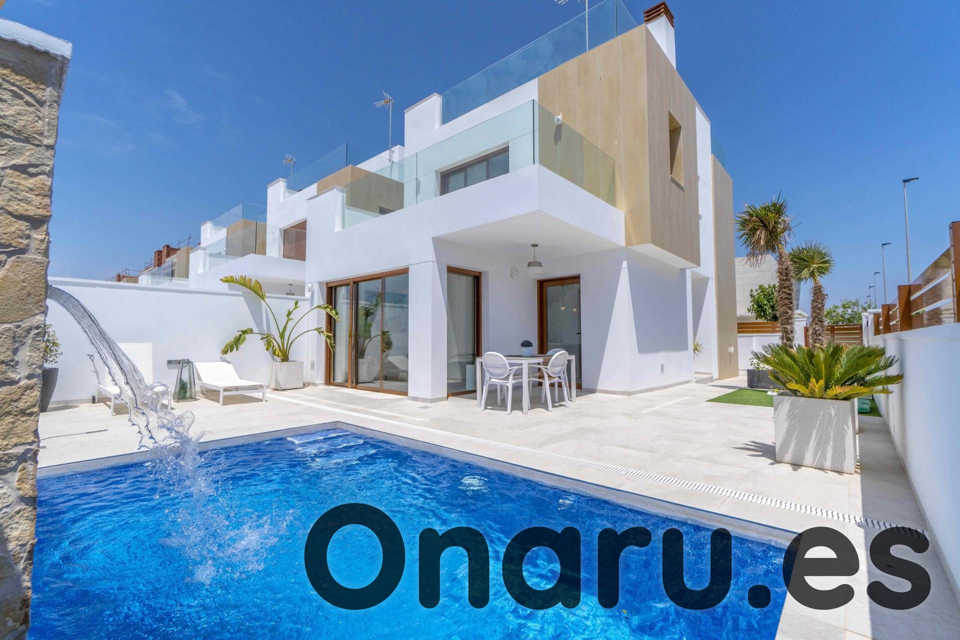 Ref:onaru-5420 Villa For Sale in Torre de la Horadada