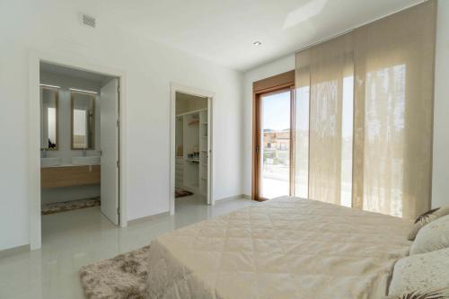 052 Villa Beach.jpg
