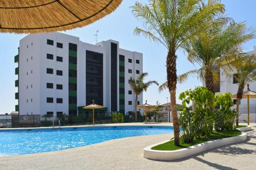 Apartment in Mil Palmeras close to the beach