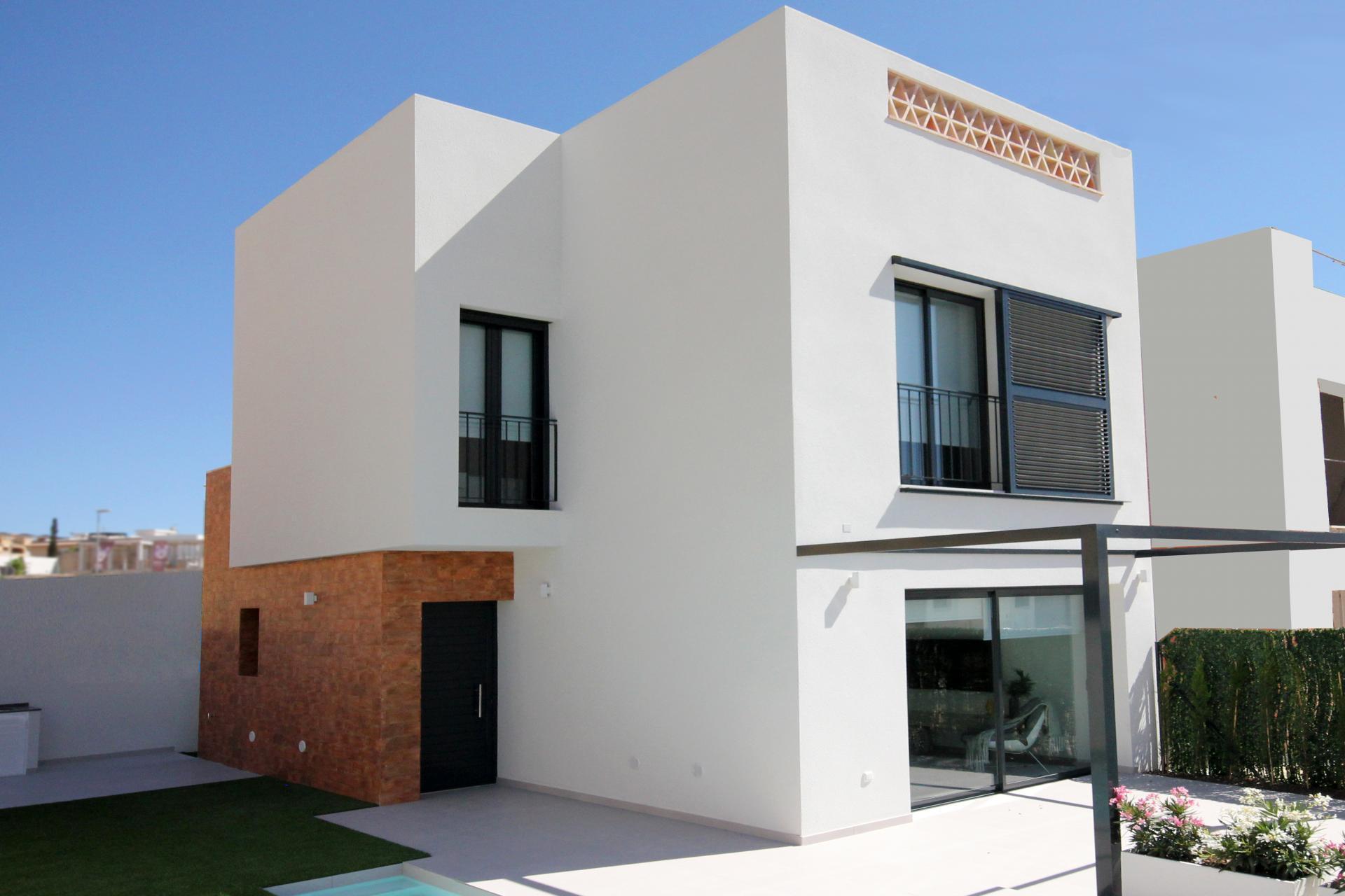 Charming Villa in Benijofar