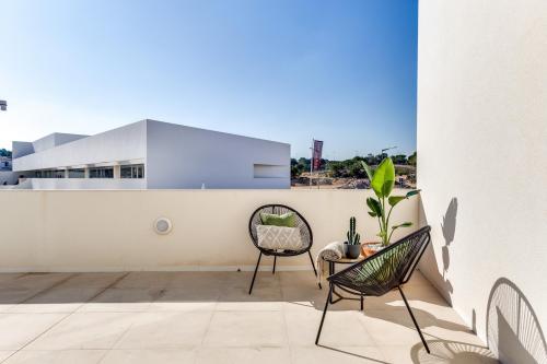 Stunning ground floor bungalow in Los Balcones
