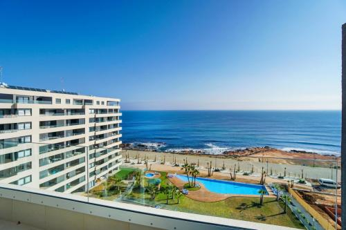 Spectacular apartment with sea views in Punta Prima